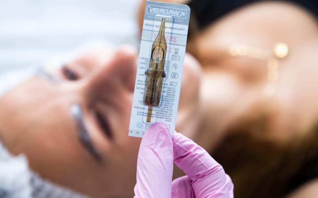 Jaka metoda pigmentacji brwi jest najlepsza?